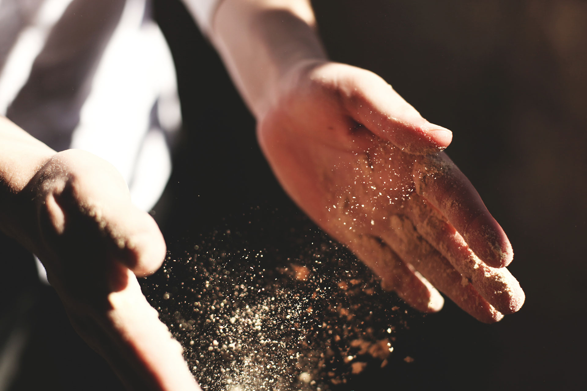 dust-binding